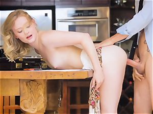babe Lanna Carter services that large chisel