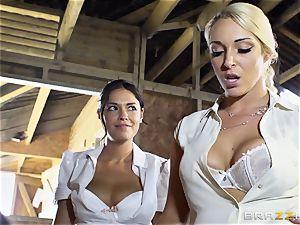 insane lesbians Ava Dalush and Victoria Summer smash the steady fellow