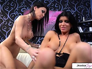 Jessica Jaymes loves to bang Romi Rain jiggly snatch