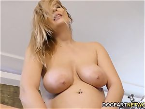 Candy Alexa Know How To suck And plow A large dark-hued fuckpole
