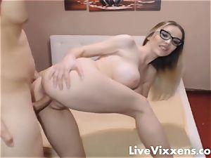 steaming Nerdy female Gets spunk All Over Her Glasses - LiveVixxens.com