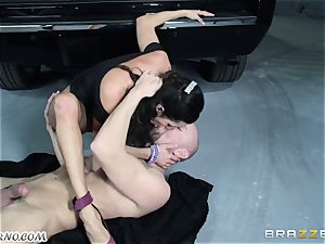 buxom Ariella Ferrera - Drive on my man sausage