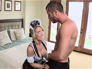 warm maid Capri Cavanni gives her manager some extras
