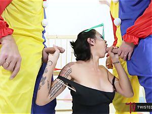 Dana Vespoli plumbed by creepy ample dick clowns
